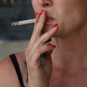 24062014-Femmes_qui_fument-3qui_fumentFqF.jpg